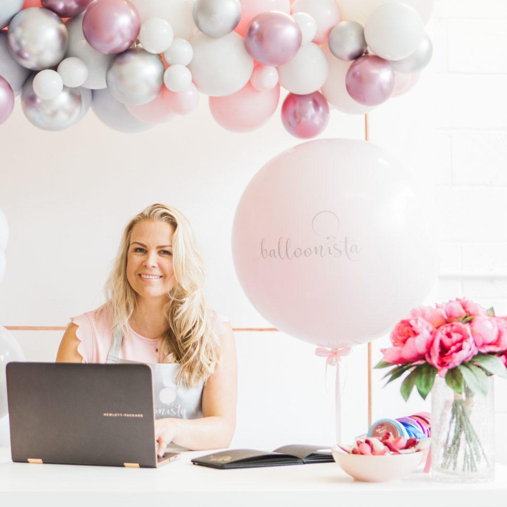 Balloon Stylist Aurelija of Balloonista