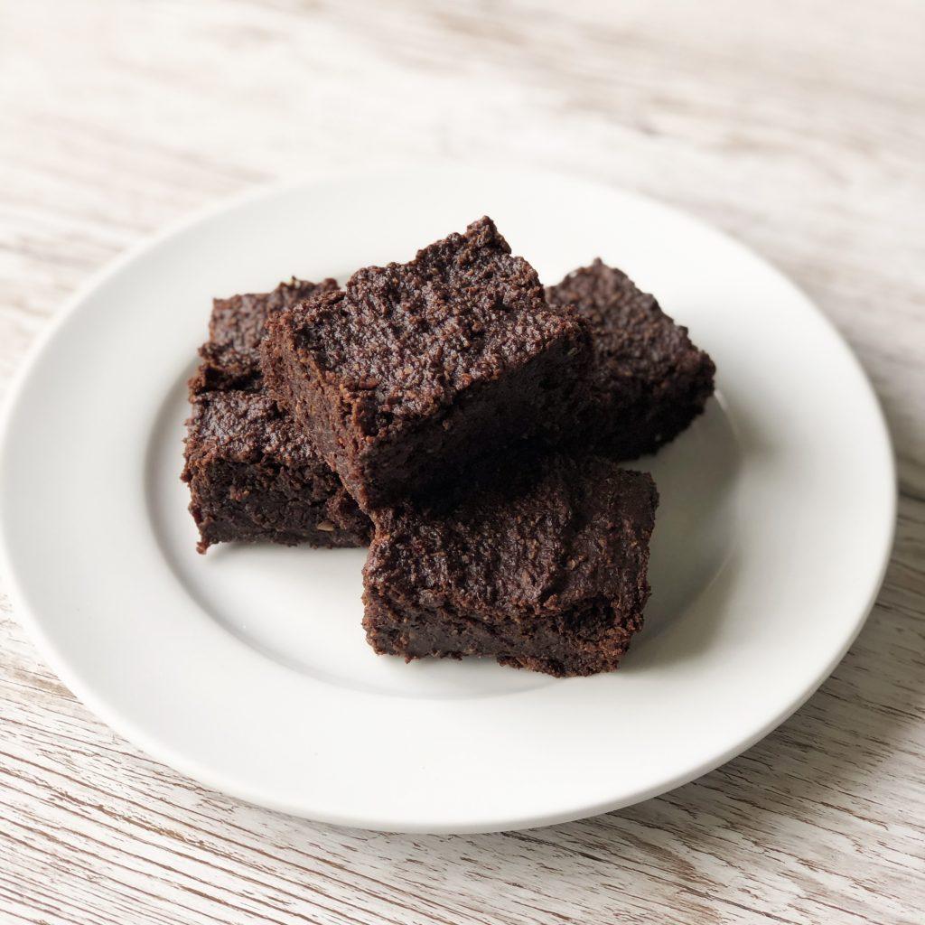 vegan, gluten free, refined sugar free, egg free, chocolate brownies recipe by Kerri Awosile UK