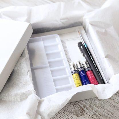 Simple Flowers Classic Watercolour Kit contents