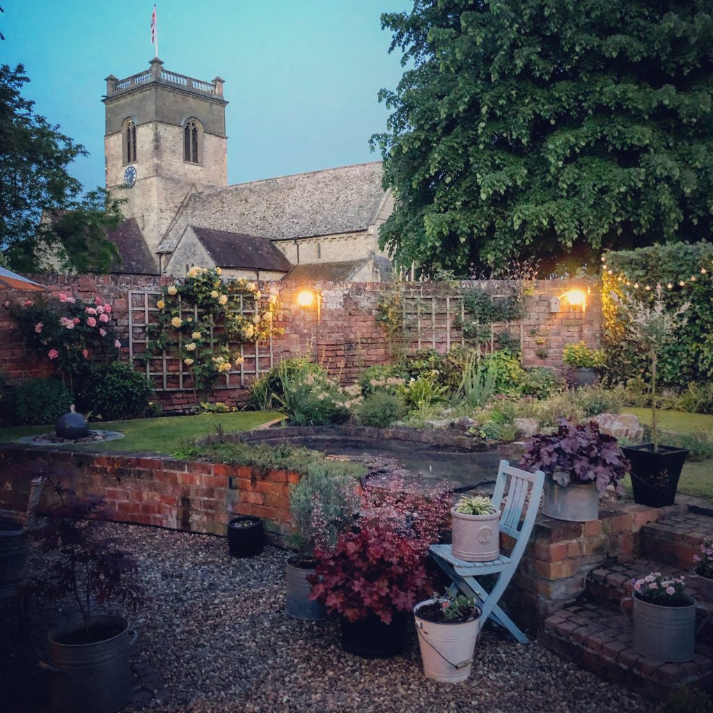 Clare's Gorgeous Country Cottage Garden